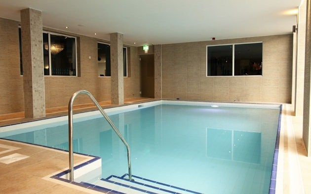 spa and beauty swimming pool image